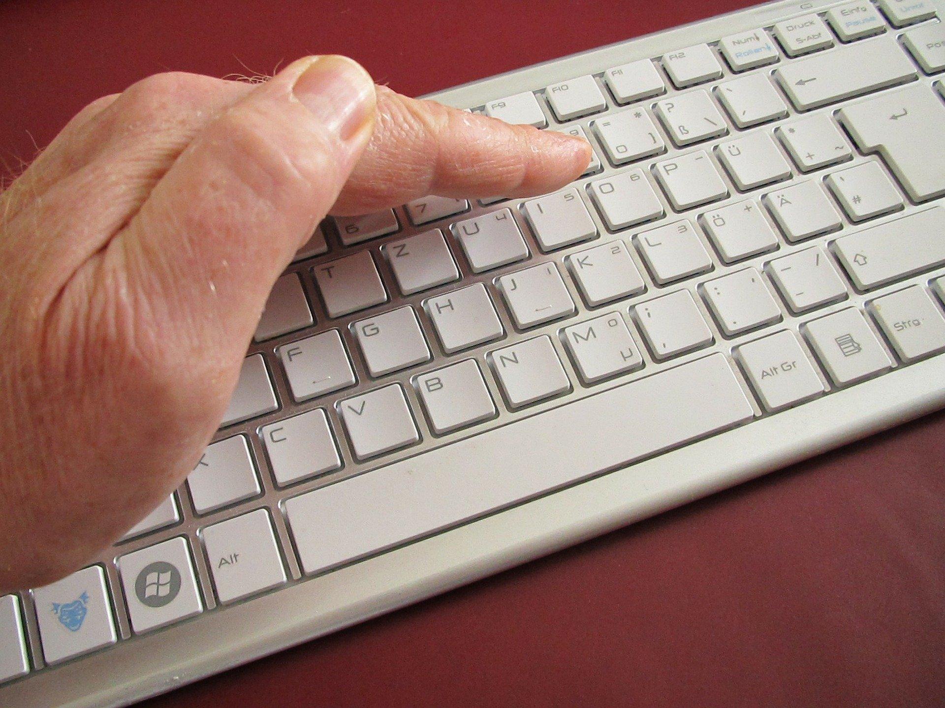 הגנה על מידע רגיש בהתקנים ניידים